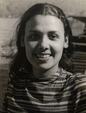 Lena Horne, 1941 (photo by Carl Van Vechten)