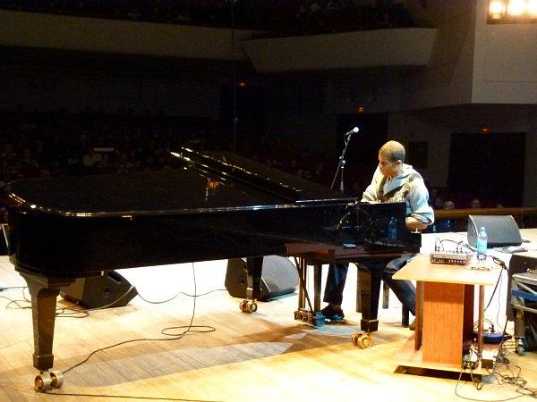 Стэнли Джордан: дуэт фортепиано и гитары
