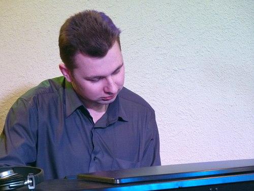 Олег Стариков