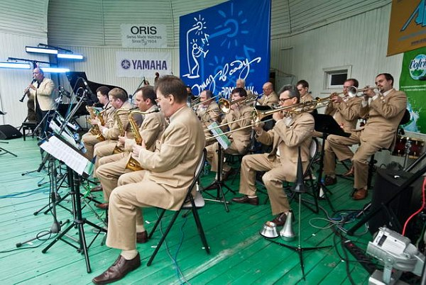 Оркестр им. Олега Лундстрема и Антти Сарпила, 2011 (фото: Павел Корбут)