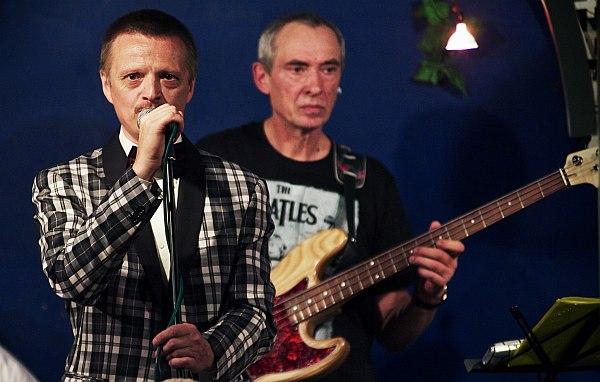 Руководитель группы Feelin's и арт-директор кафе «Фонтан» Геннадий Филин