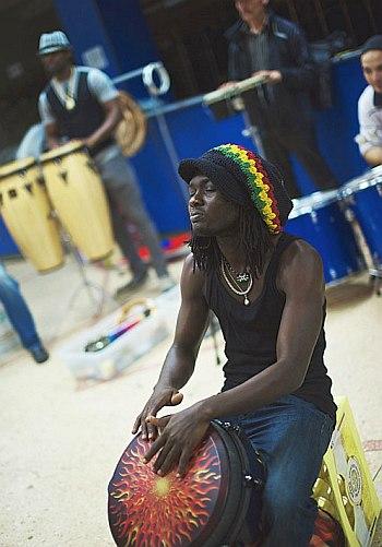 «Оркестр летучих барабанщиков»