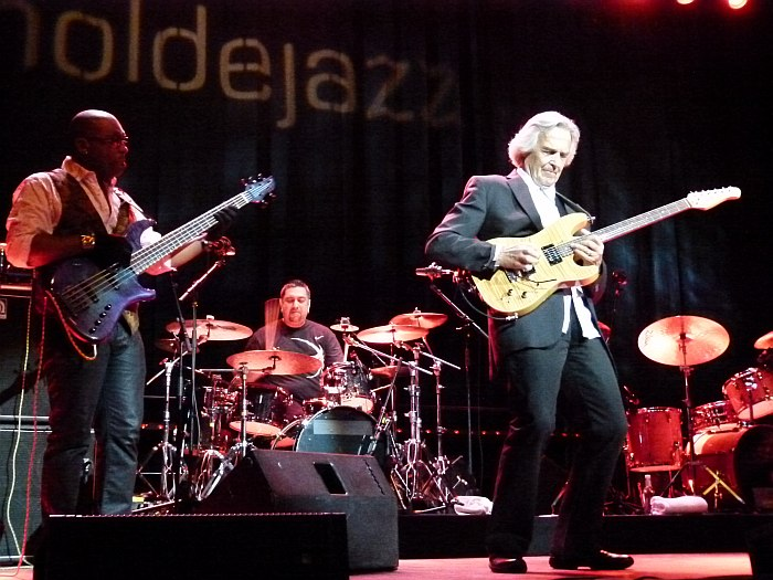 John McLaughlin & the 4th Dimension (фото: Кирилл Мошков, 2011)