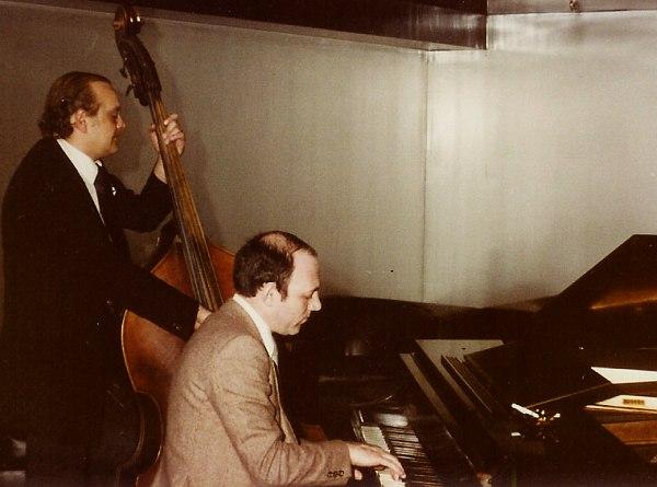 Дуэт Владимира Ратнера и басиста Виктора Смирнова, США, конец 1970-х