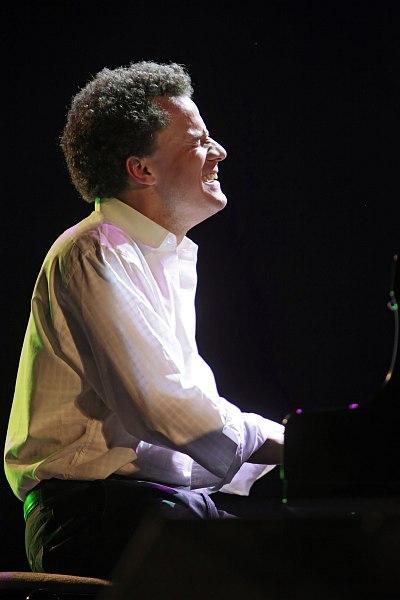 знакомство с джазом начинающего пианиста