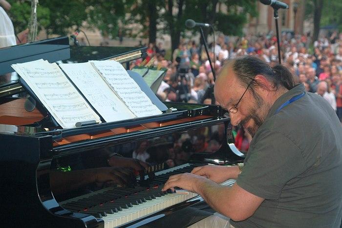 Пианист квартета Олега Киреева - Евгений Гречищев