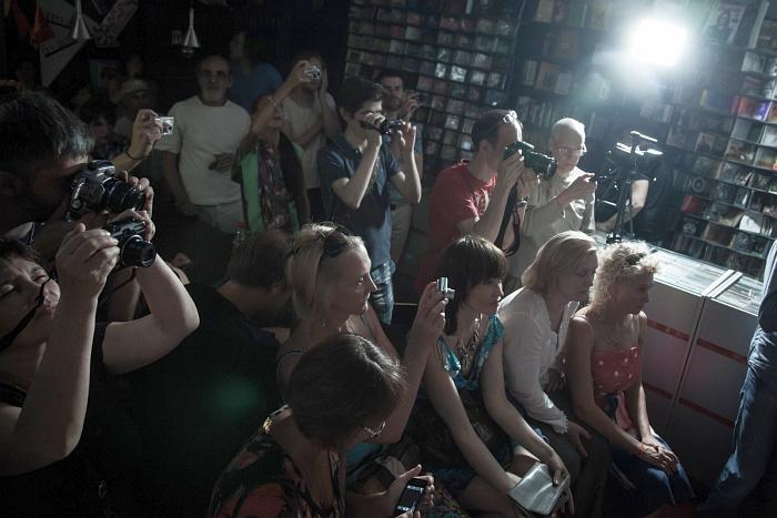 Публика в «Доме Культуры»
