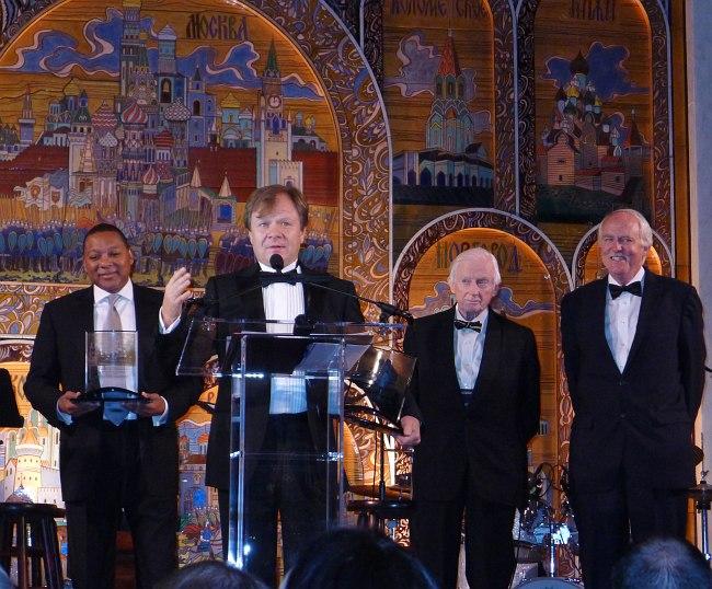Уинтон Марсалис и Игорь Бутман на церемонии вручения премии в посольстве России в Вашингтоне (фото: пресс-служба Butman Music)