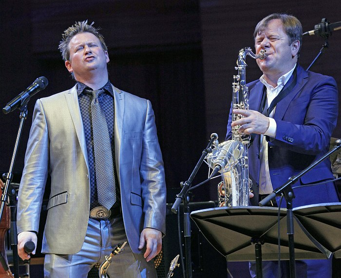 Johnny Rogers, Igor Butman (photo © Vladimir Korobitsyn)