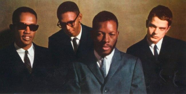 Чарли Хэйден (крайний справа) в квартете Орнетта Коулмана (второй справа), 1960