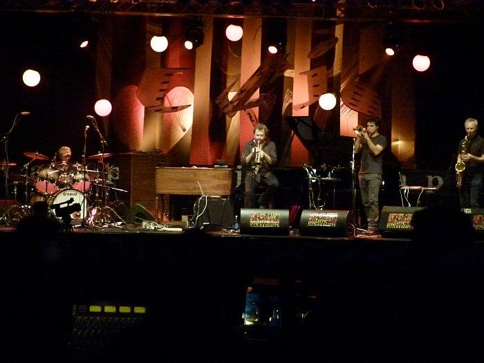 Tampere Jazz Happening прошлого года: на сцене совместный проект Ману Катче и Нильса-Петтера Молвера