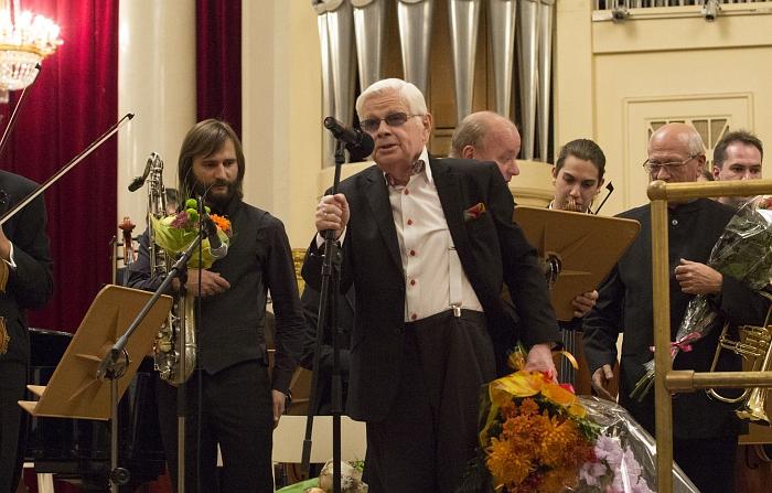 Анатолий Кальварский на своём юбилейном концерте