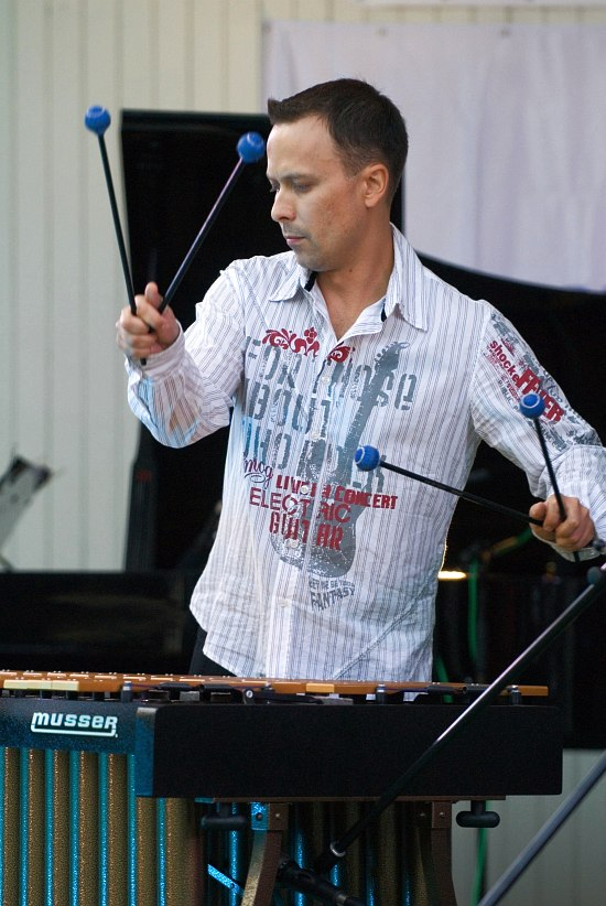 Анатолий Текучёв