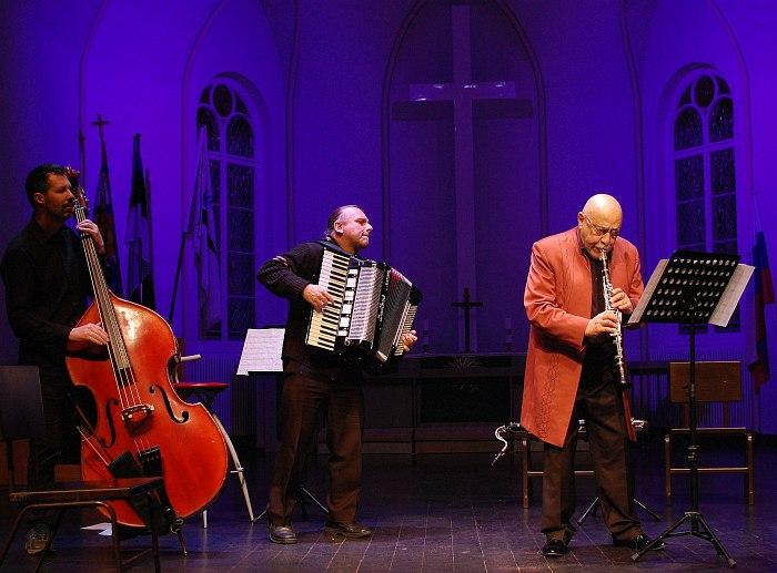 Giora Feidman Trio