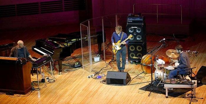 Джон Медески, Крис Вуд и Билли Мартин в Доме Музыки (фото © Владимир Коробицын)