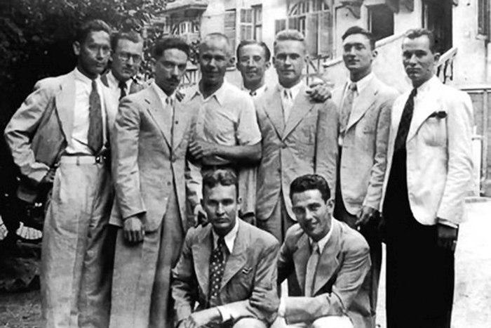 Оркестр Олега Лундстрема, Шанхай (около 1940)