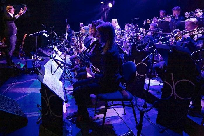 Espoo Big Band (photo © Ralph Dombrovsky)