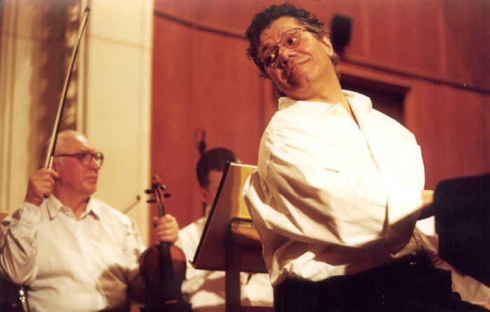 Чик Кориа с симфоническим оркестром Большого зала консерватории, 2001 (фото © Павел Корбут)