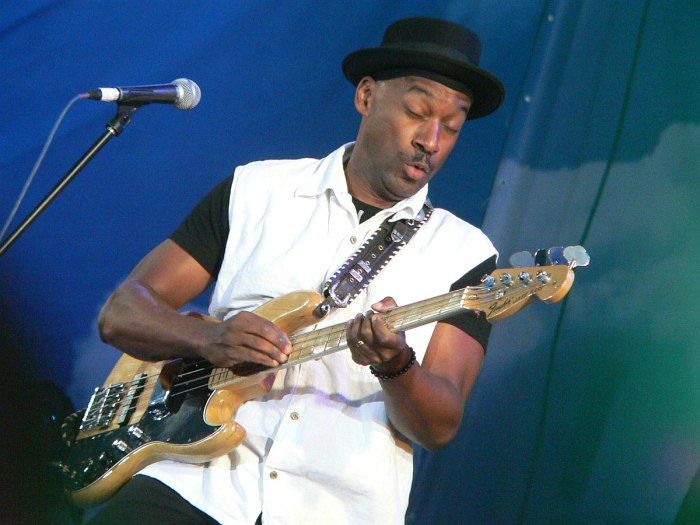 Marcus Miller (photo © Cyril Moshkow, 2007)