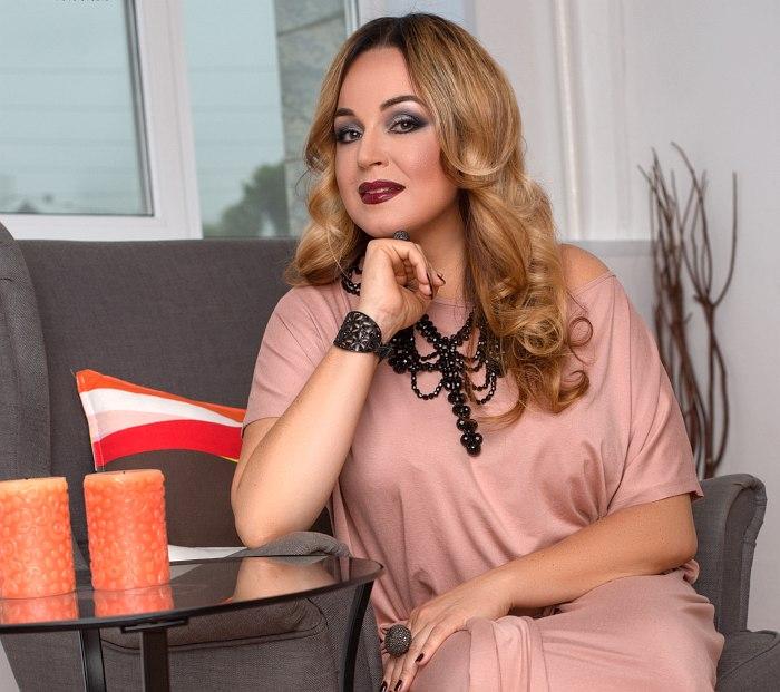 Ольга Скепнер (фото © Fashion Box photo studio)