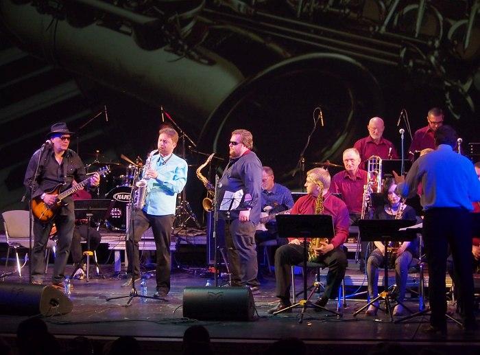 Tribute Blues Brothers: солирует Алексей Круглов
