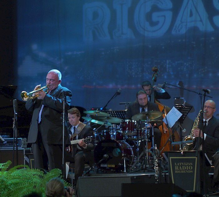 James Morrison + Latvian Radio Big Band