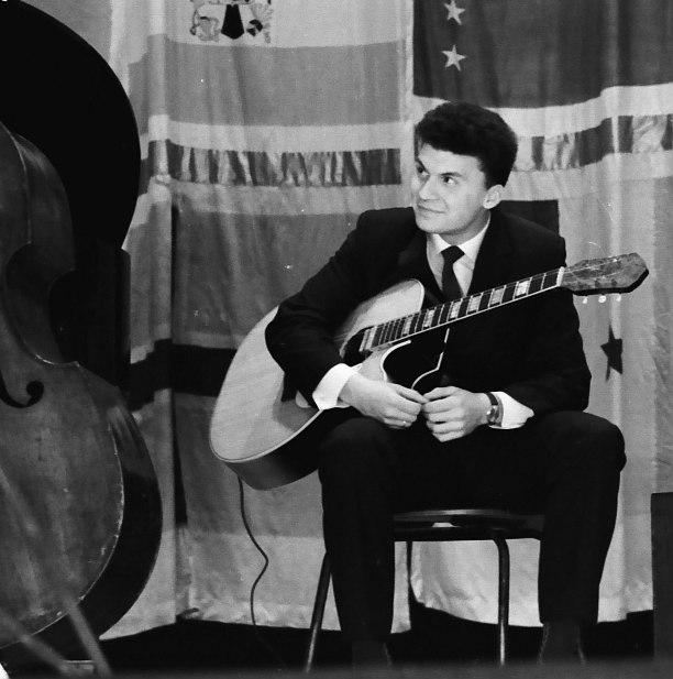 Алексей Кузнецов на II Московском джазовом фестивале, 1965 (фото © Михаил Кулль)