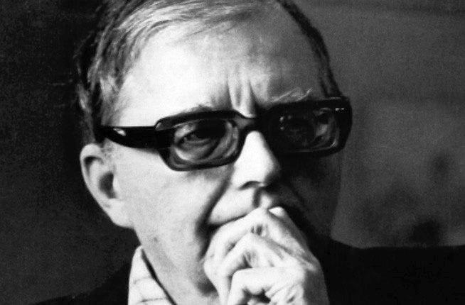 Дмитрий Шостакович слушает...