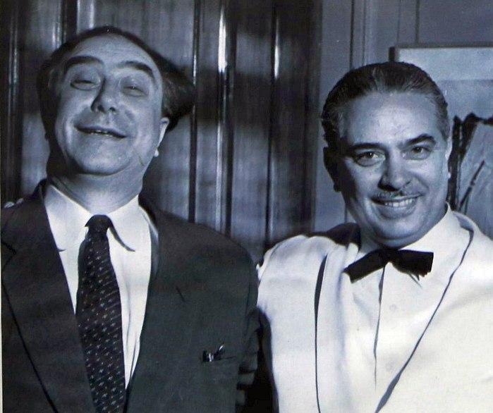 Олег Лундстрем (справа) и директор оркестра Михаил Цын, 1966 год