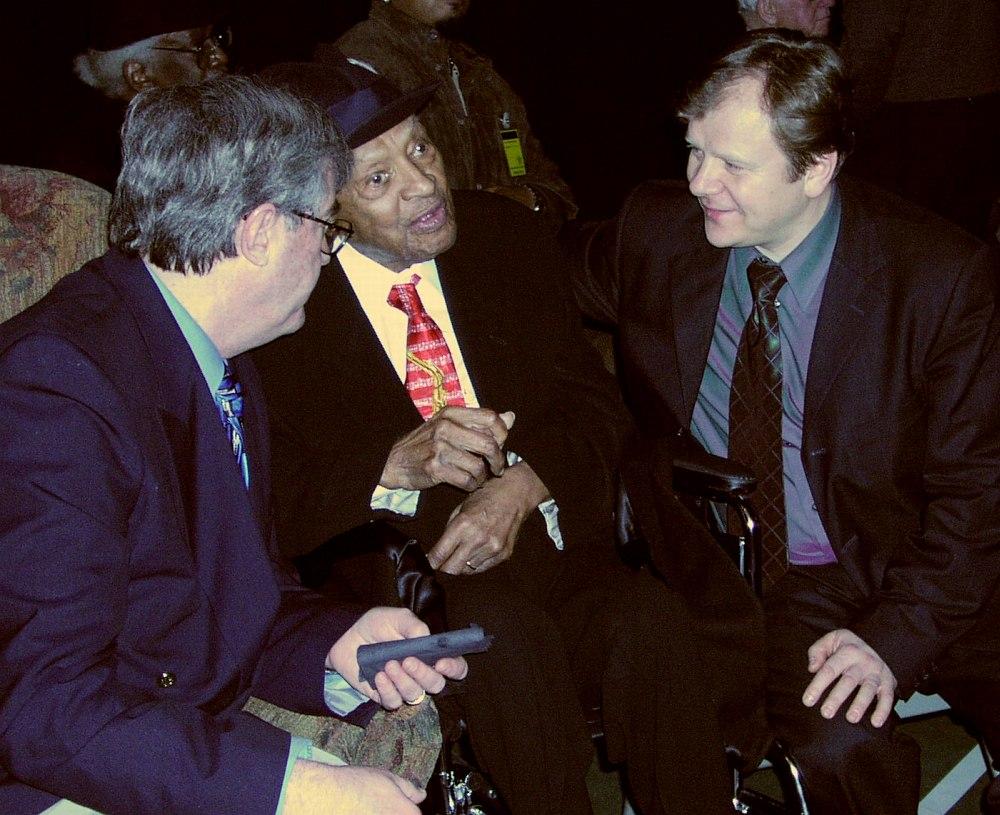 2002, город Москоу, штат Айдахо: за кулисами Международного джаз-фестиваля Лайонела Хэмптона. Директор фестиваля Линн