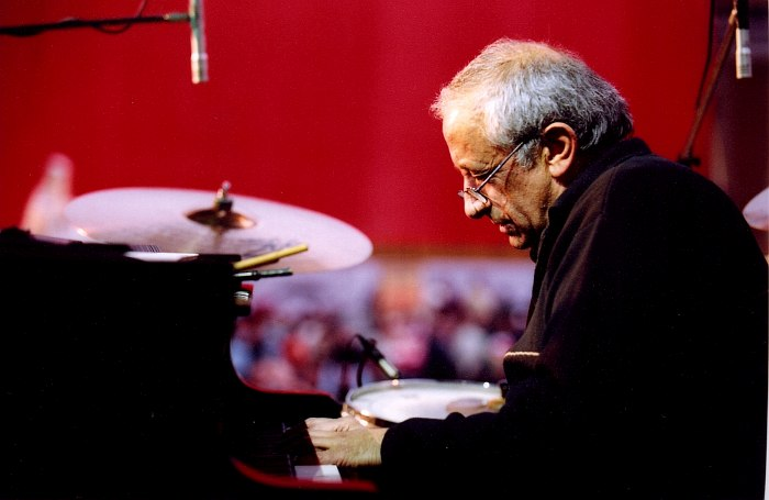 Вячеслав Ганелин (фото © Павел Корбут, 2004)