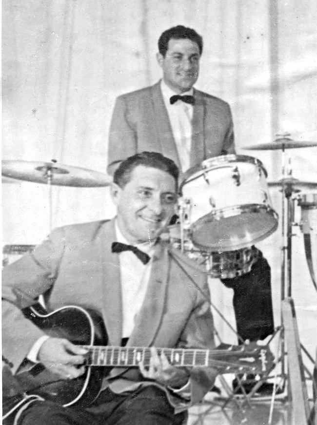 Залман Хазанкин и Онофрий Козлов на концерте, 1958 год