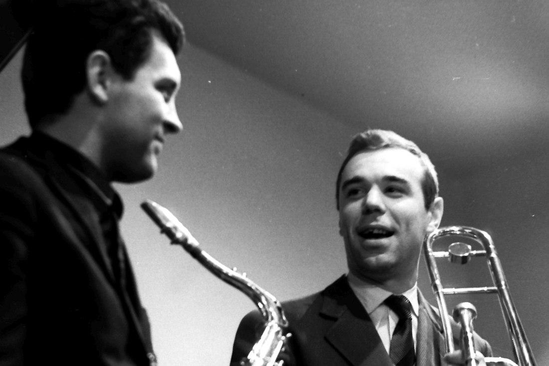 Алексей Зубов и Константин Бахолдин, кафе «Молодёжное», 1966 (фото: Михаил Кулль)