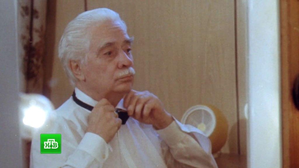 Кадр из фильма: одно из немногих появлений живого О.Л. Лундстрема на экране в документальной работе Татьяны Митковой
