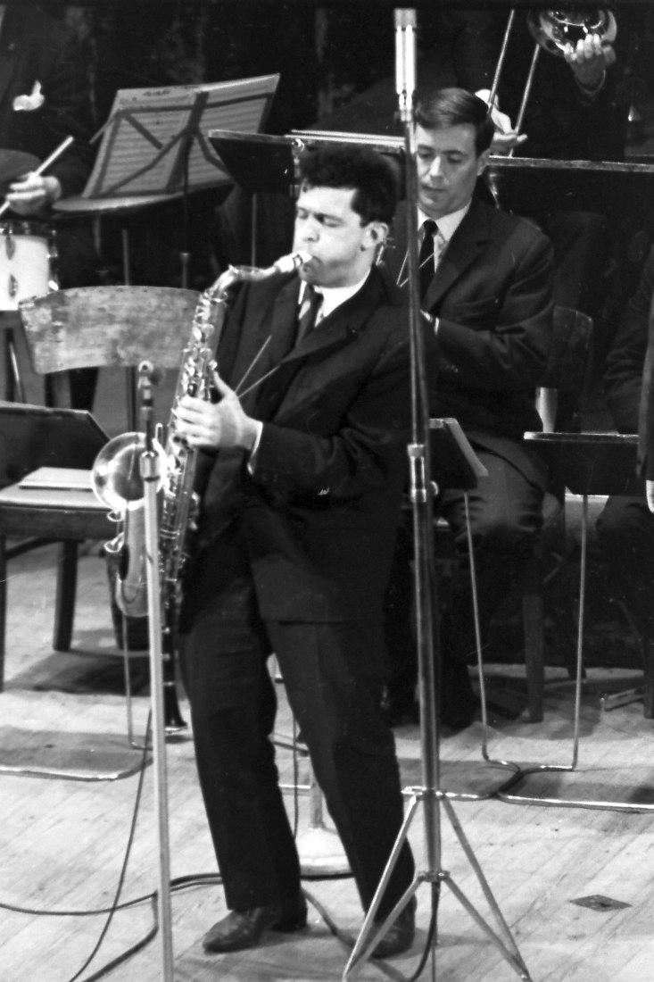 Алексей Зубов в составе оркестра Вадима Людвиковского на Московском джаз-фестивале 1966 г. (фото: Михаил Кулль)