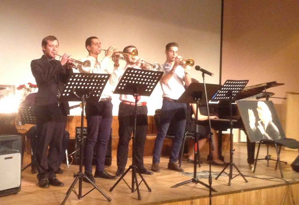ансамбль трубачей МГКИ - 1 премия среди ансамблей