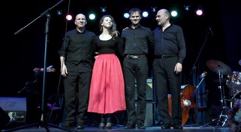Jon Davis Trio и Кристина Ковалёва в Сергиевом Посаде (фото © Олег Данилов, КЦ «Дубрава»)