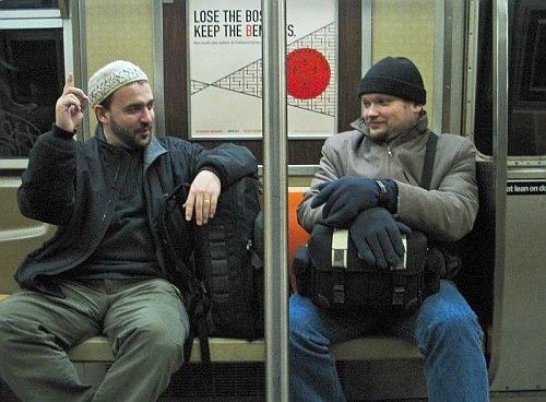 Редкий кадр: Пётр Ганнушкин и Кирилл Мошков в нью-йоркском метро, февраль 2006 (фото: Judy Gannushkin)