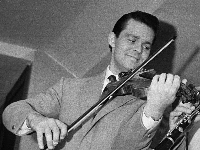 Svend Asmunssen, 1951