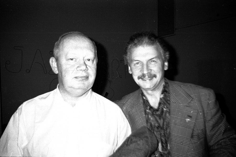 Николай Громин и Алексей Кузнецов в старом помещении «Джаз Арт клуба», 1999 (архив «Джаз.Ру»)