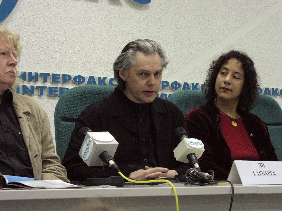 Пресс-конференция в Москве: Эберхард Вебер, Ян Гарбарек, Мэрилин Мазур (2002, фото © Кирилл Мошков, «Джаз.Ру»)