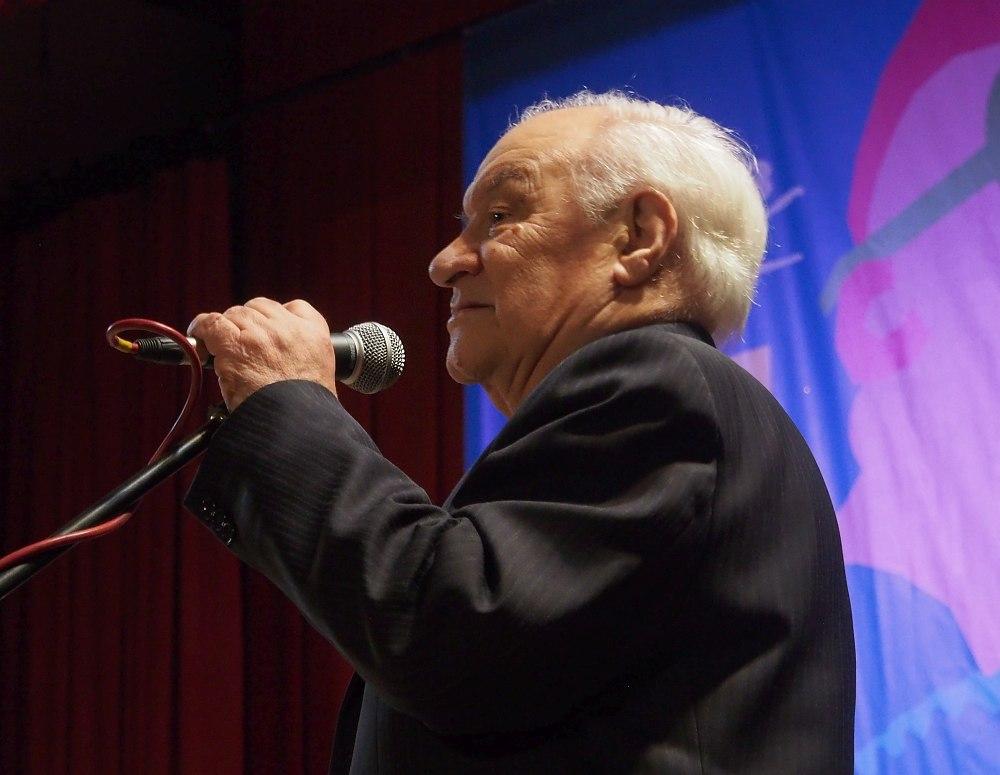 Владимир Борисович Фейертаг на сцене Ярославской филармонии