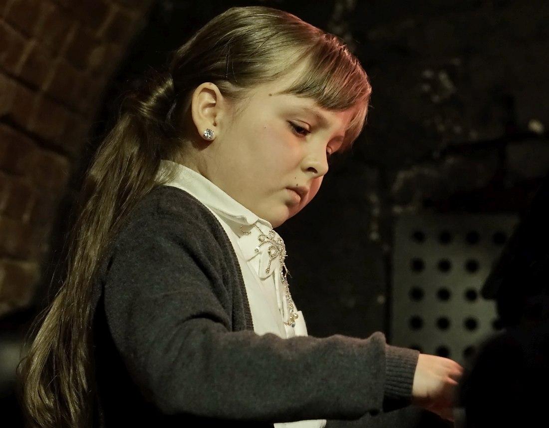 Алиса Власенко