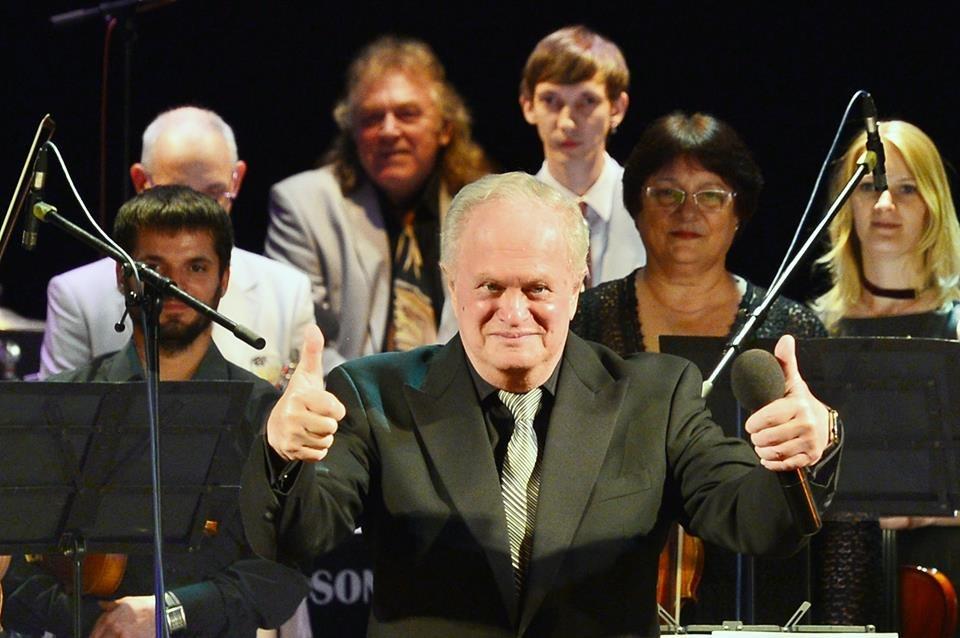 На сцене фестиваля - Анатолий Кролл