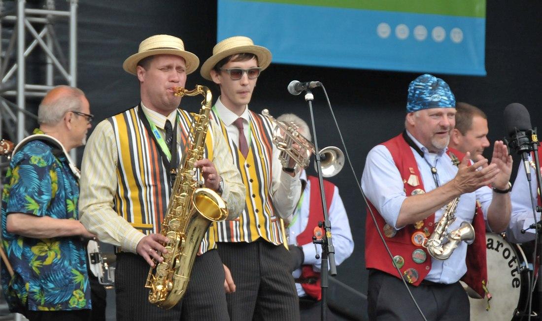 Участники «Уральского диксиленда» и Lamarotte Jazzband