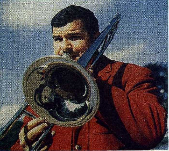 Аркадий Шабашов. Фото из буклета Оркестра Олега Лундстрема 1970-х гг.
