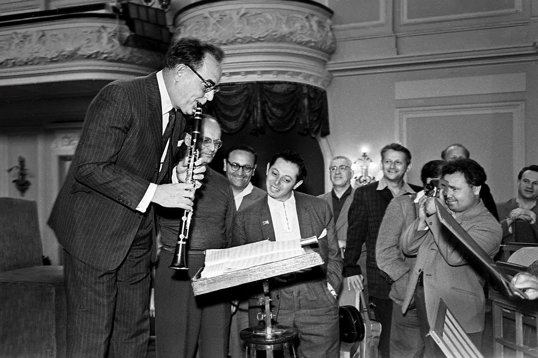 Бенни Гудман встречается с преподавателями и студентами Московской консерватории (Большой зал)
