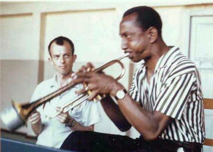 Билл Кроу и Джо Ньюман в Сочи, 1962 (фото из личной коллекции Билла Кроу)