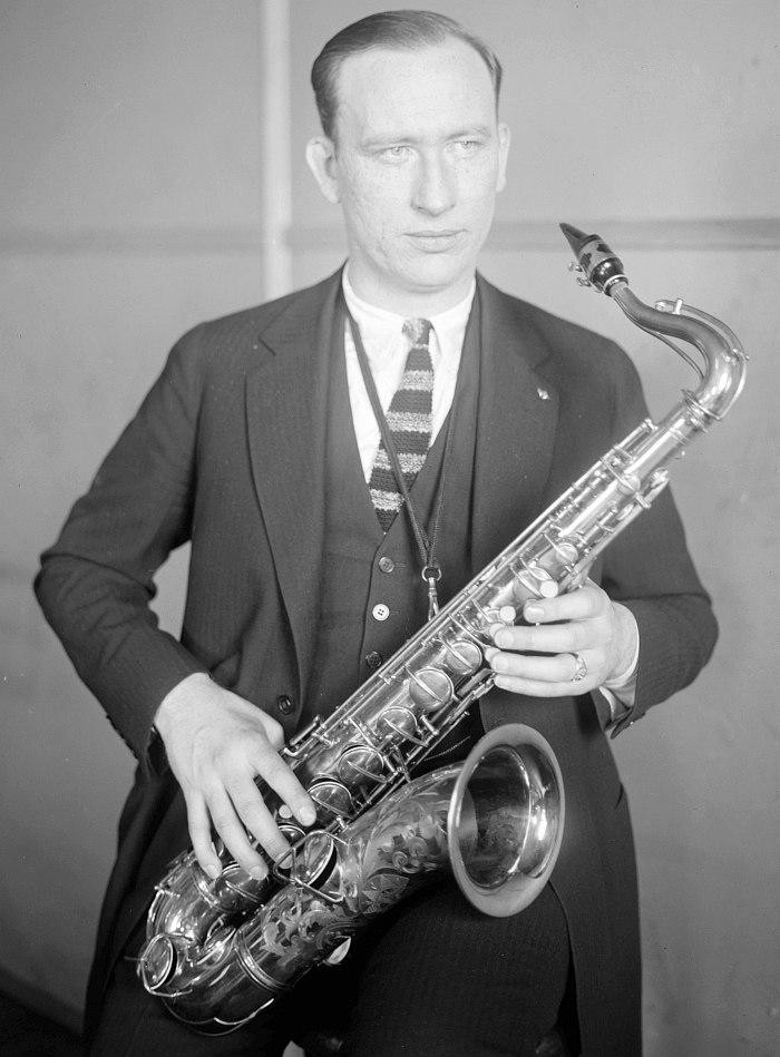 Isham Jones (фото около 1922 г.)