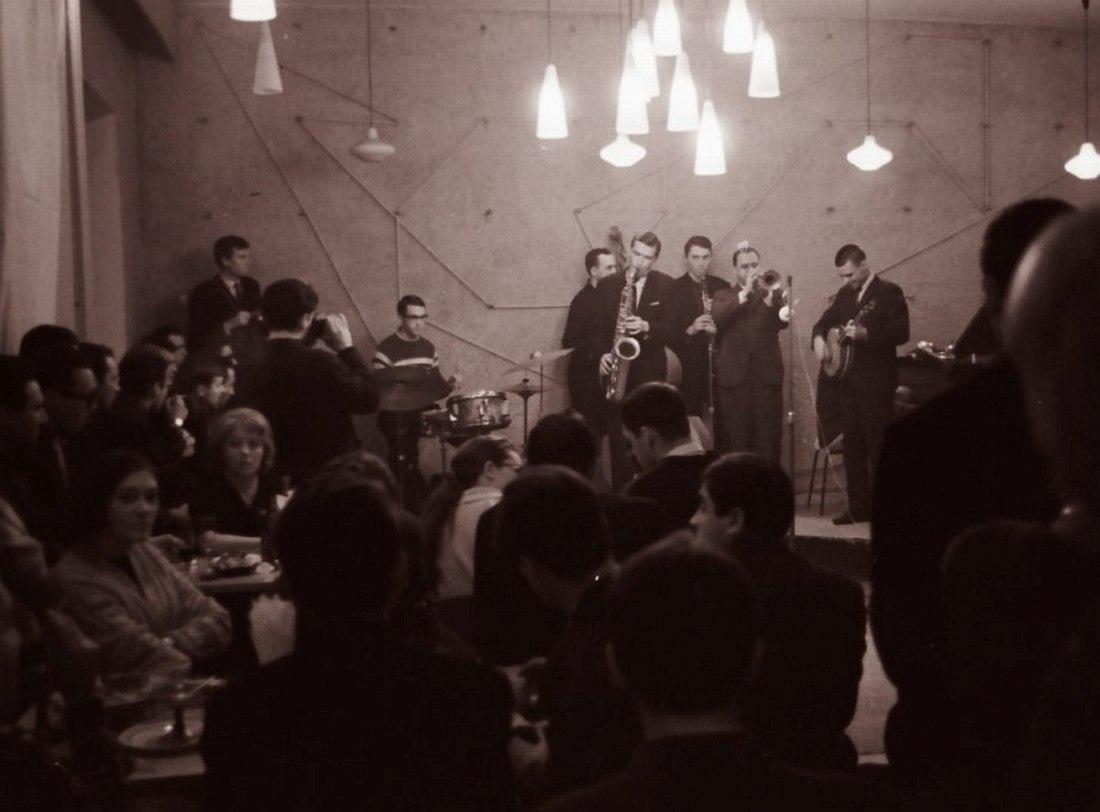 Джем-сешн в одном из первых московских джаз-клубов - кафе «Аэлита», 1961 (из коллекции Михаила Кулля)